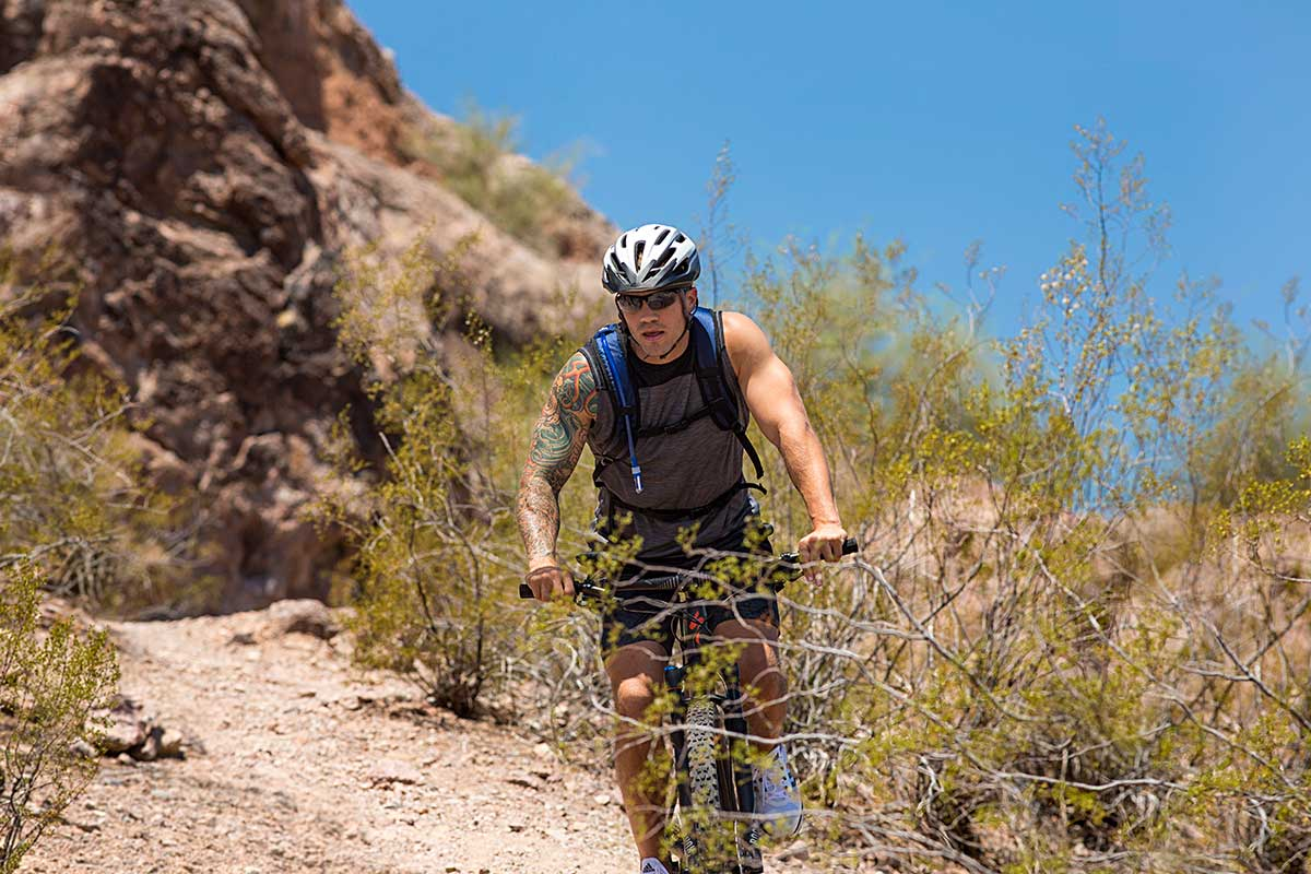 4-mountain-biker-on-desert-terrain